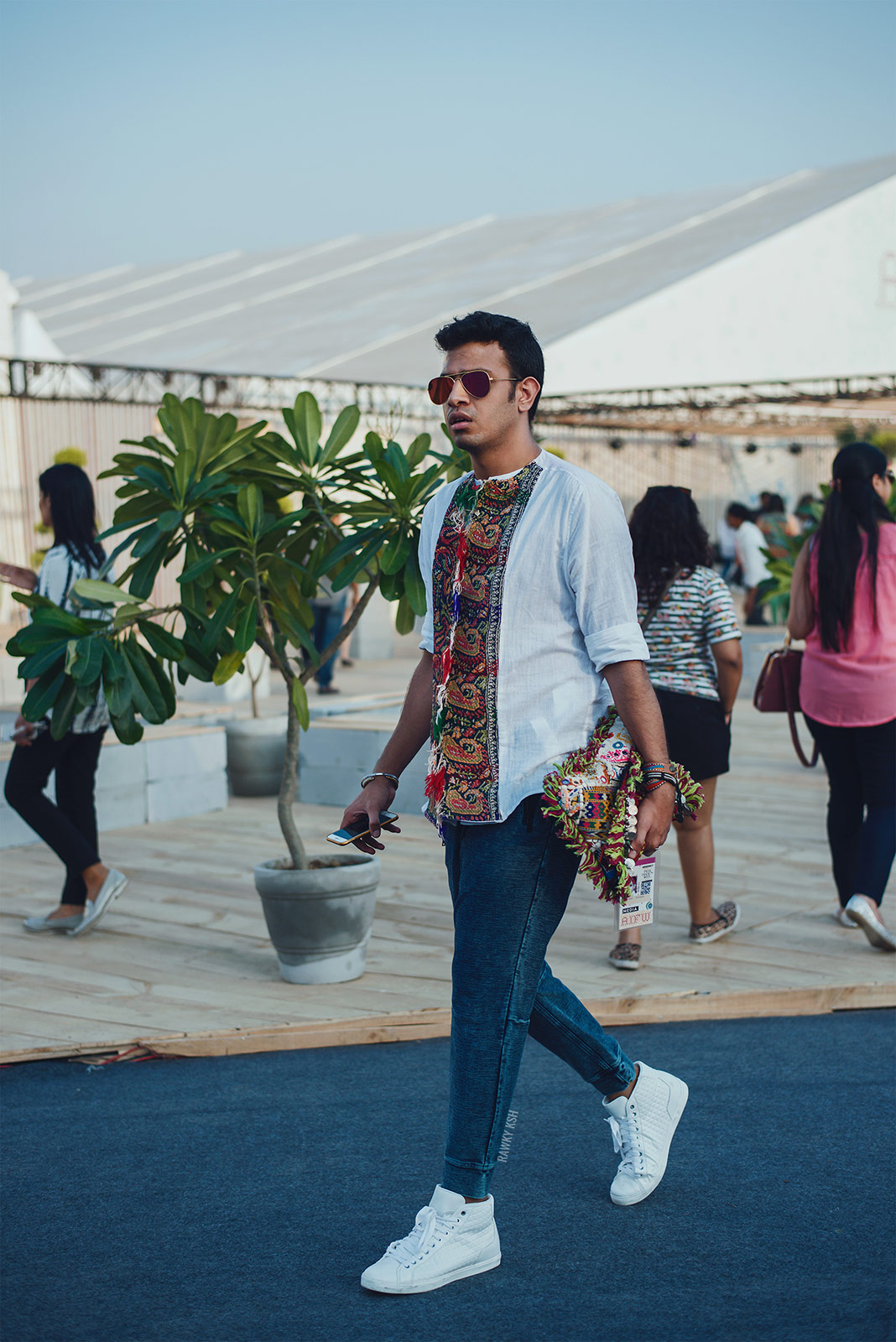 AIFW SS16 DAY2 STREET STYLE Photo by Rawky Ksh 6
