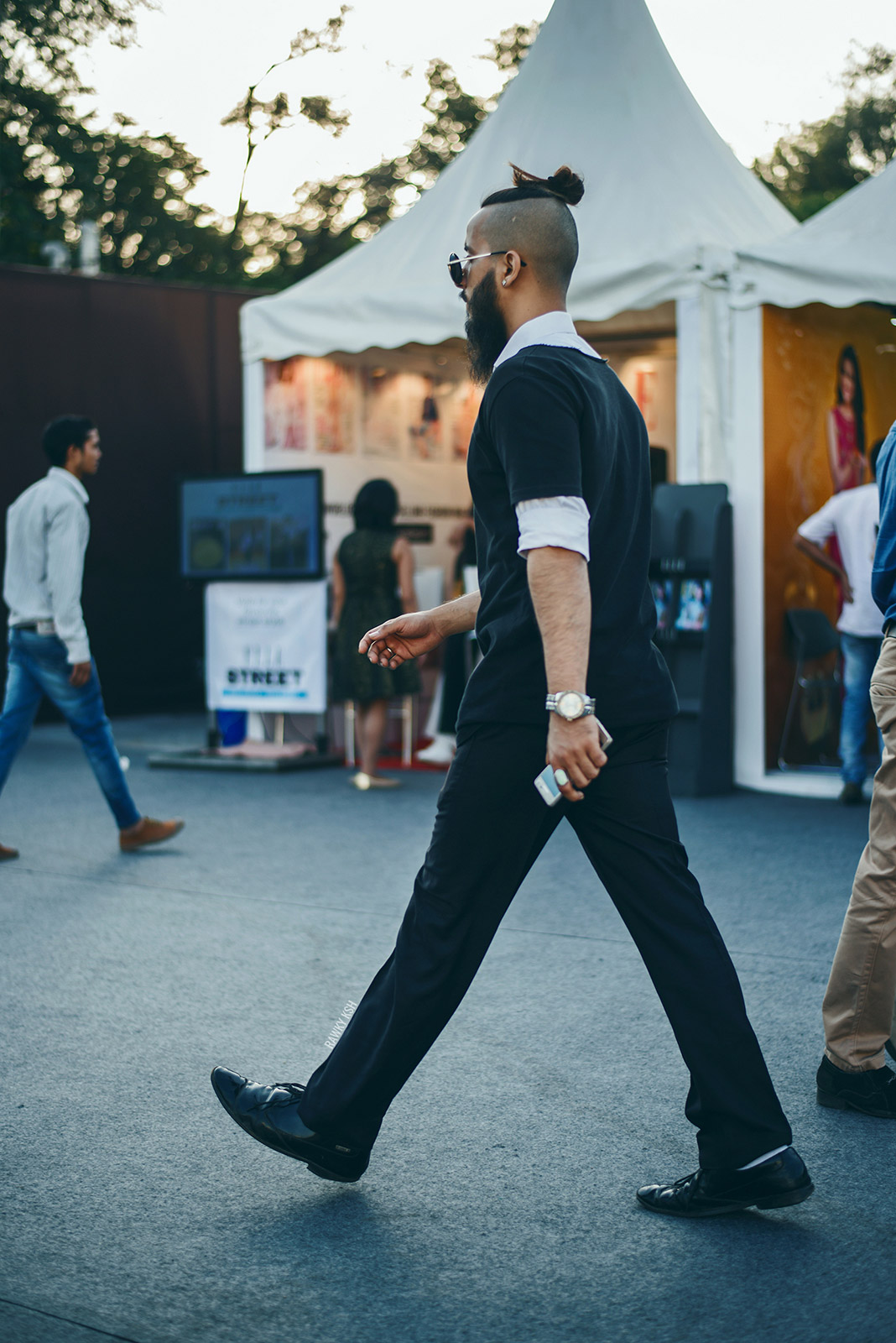 AIFW SS16 STREET STYLE DAY5 Photo by Rawky Ksh 6