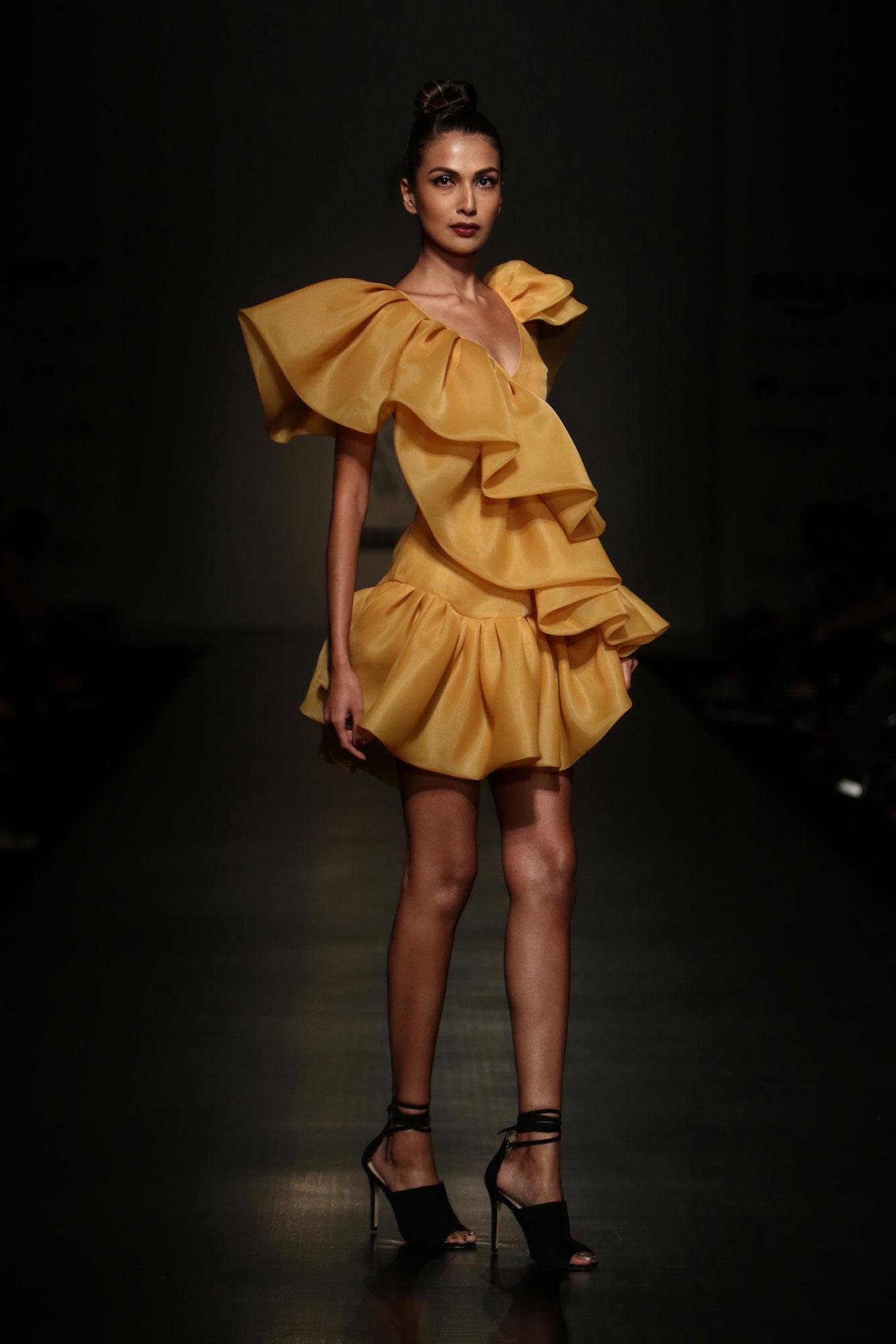 Gauri and nainika fashion designers Fashion Design Council of India ( FDCI )