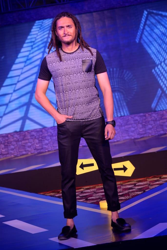 Ex Roadie Jay Bodas walking the ramp in the Roadies Collection by VDot