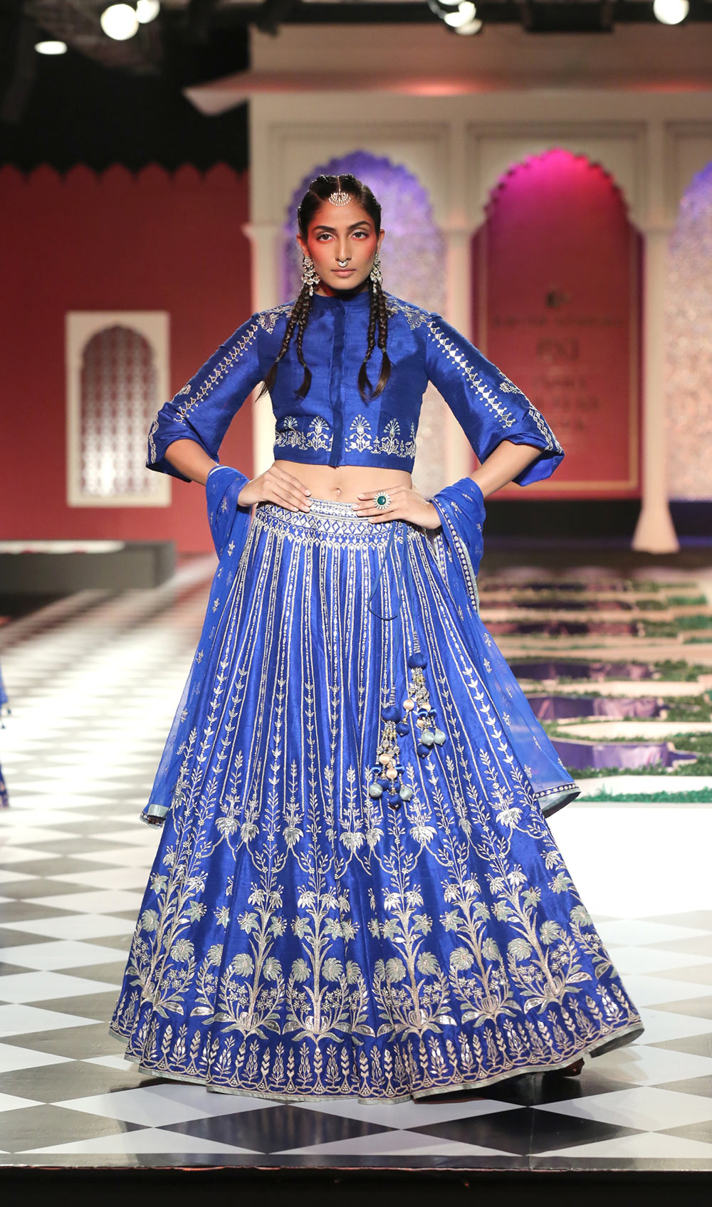 Day 2 FDCI India Couture Week 2016 Epic Love by Anita Dongre 11