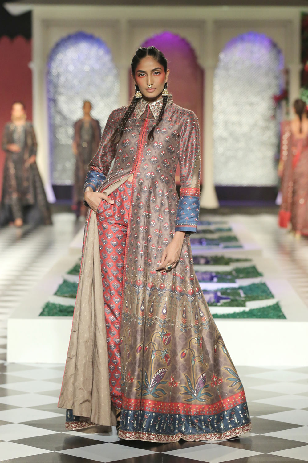 Day 2 FDCI India Couture Week 2016 Epic Love by Anita Dongre 4