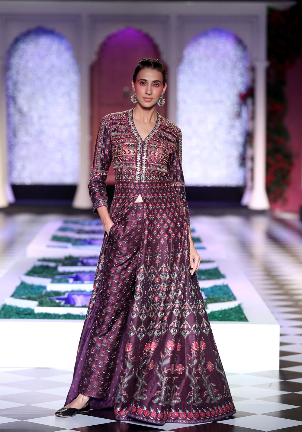 Day 2 FDCI India Couture Week 2016 Epic Love by Anita Dongre 7