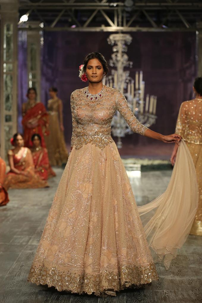 Day 2 FDCI India Couture Week 2016 Tarun Tahiliani 11