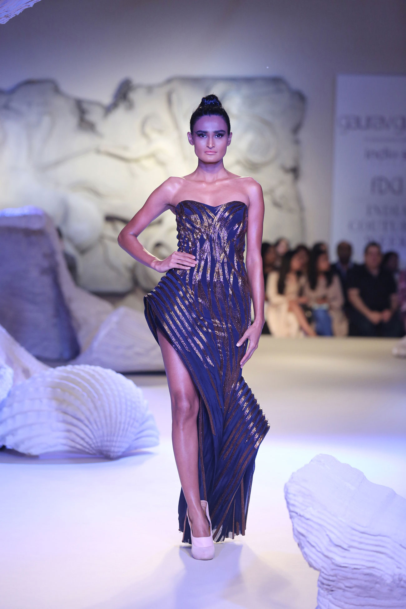 Gaurav-Gupta-Collection-at-FDCI-India-Couture-Week-2016-(1)