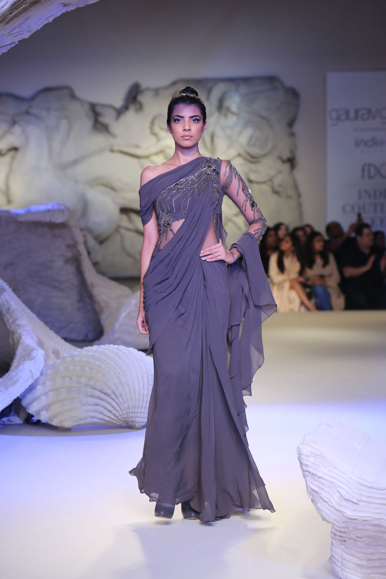 Gaurav-Gupta-Collection-at-FDCI-India-Couture-Week-2016-(2)