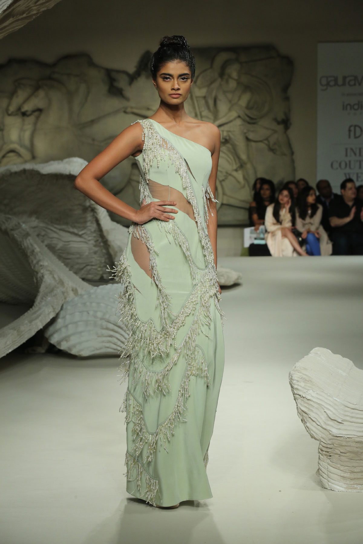 Gaurav-Gupta-Collection-at-FDCI-India-Couture-Week-2016-(5)