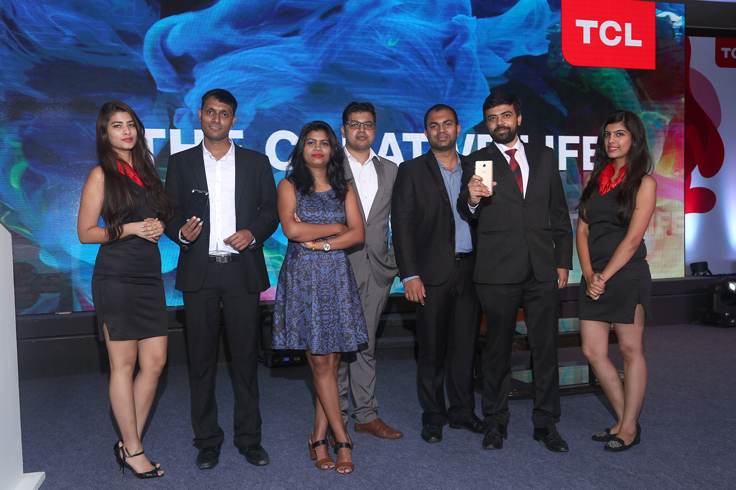 TCL-560-Mobile-launch-8