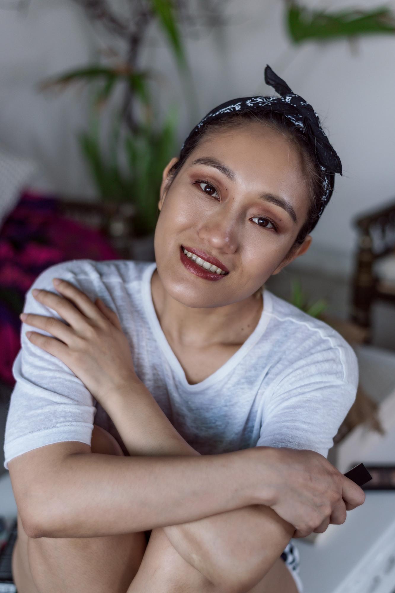 Aien-Jamir-Morning- SkinCare-My-Go-To-MakeUp-1